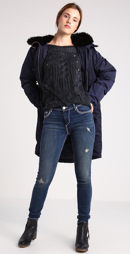 Jean femme coupe skinny déchiré bleu True Religion HALLE FLAP SUPER