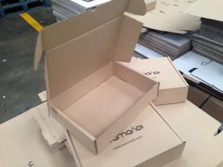cajas para envios postales, cajas para ecommerce, cajas postales.