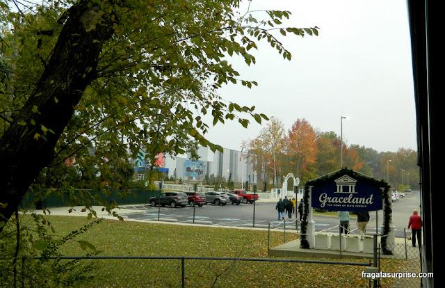 Estacionamento em Graceland