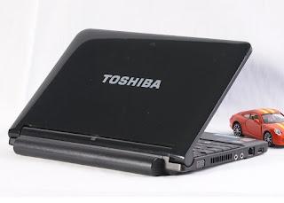 Netbook Bekas Toshiba NB205