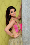 Reshma latest sizzling photo shoot-thumbnail-4