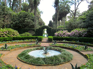 flower gardens water fountain maclay gardens tallahassee florida