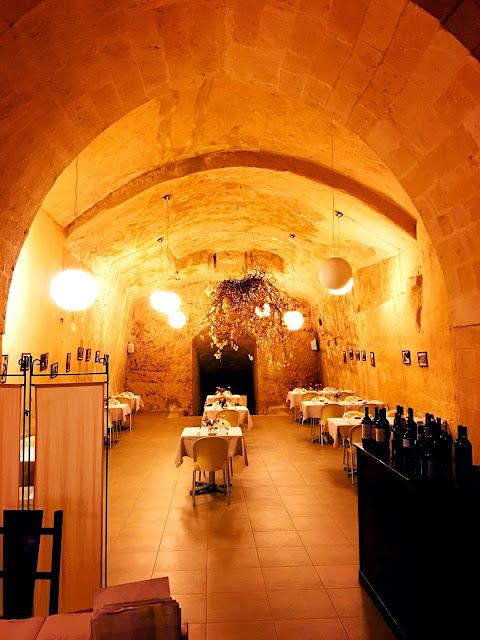 cave-restaurant-matera