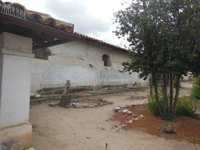 Cemetery at Mission San Miguel, © B. Radisavljevic
