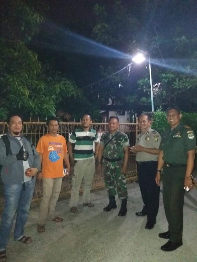 Pantau Keamanan Wilayah, Danramil 02/Beji Ikut Siskamling