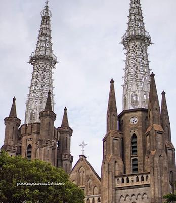 Gereja Katedral Jakarta, Spot Foto Yang Instagramable | Rumah Ibadah