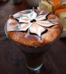 Latte Art 3D Bunga