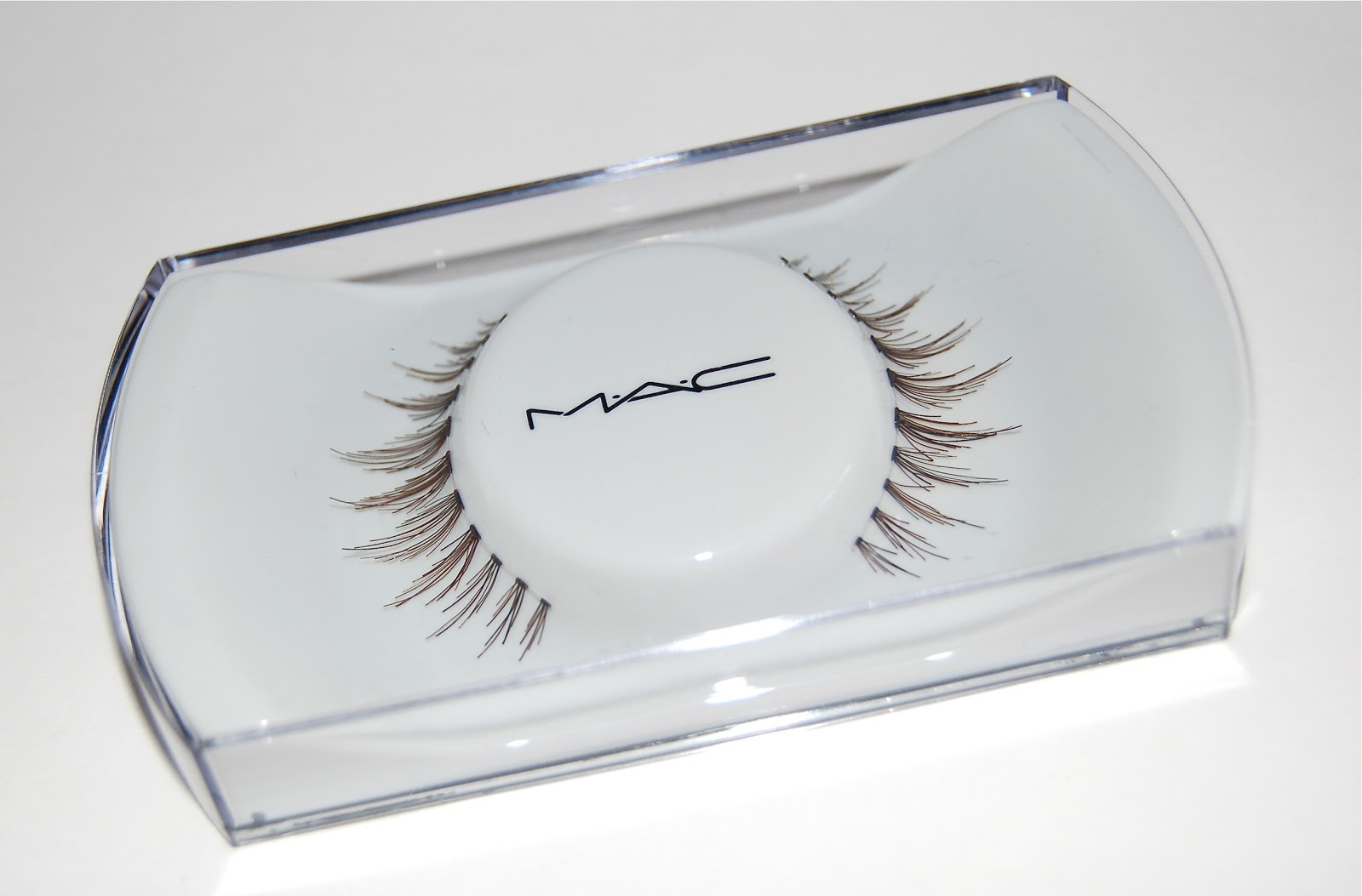 ef9eb3f1380 mac lashes .33 - Milly Naomi