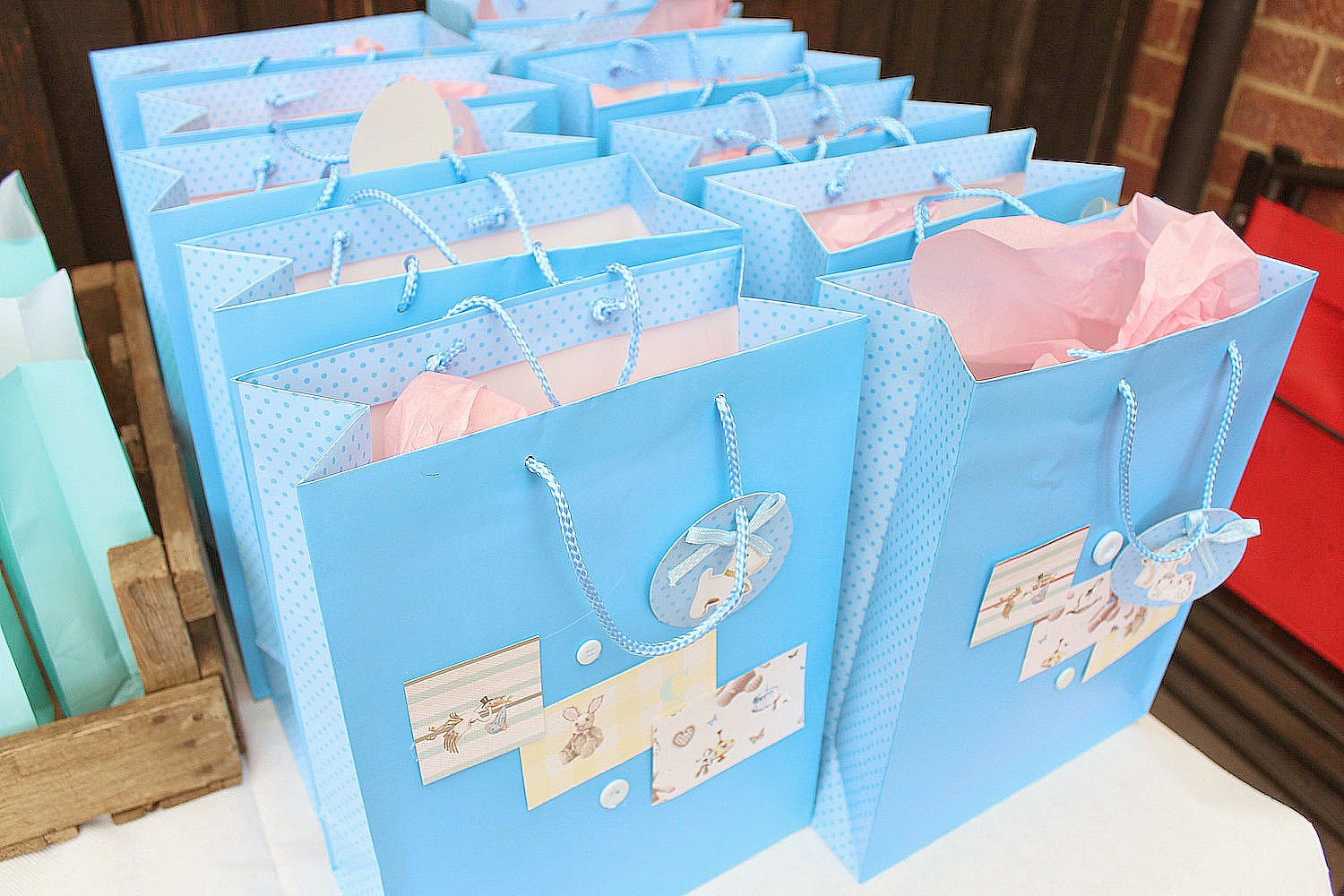 Baby Gift Sack : The baby shower dolly bow fashion and beauty