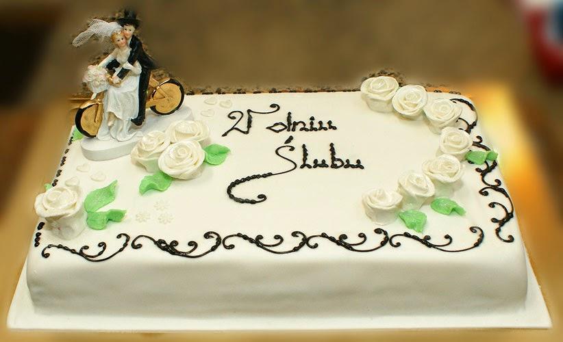 tort-w-dniu-ślubu