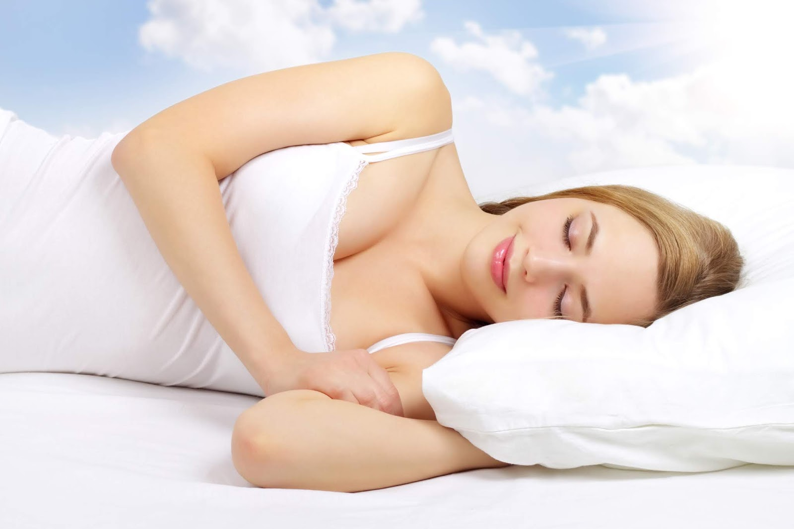 Only 48 per cent of the 1,022 Singaporeans surveyed reported getting seven to eight hours of sleep each night.