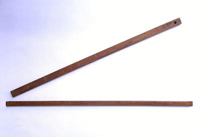 Coppia di righe graduate - strumenti antichi - annunci