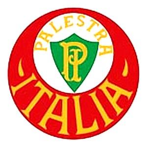 O primeiro escudo do clube trazia as cores da bandeira italiana 87d462b8f0018