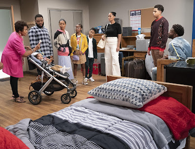 Black Ish Season 5 Image 24