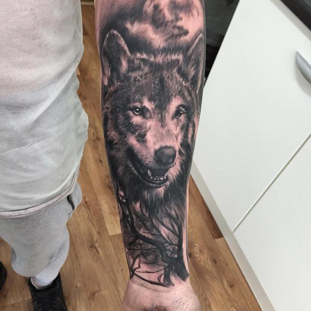 Тату волк и лес: фото татуировок