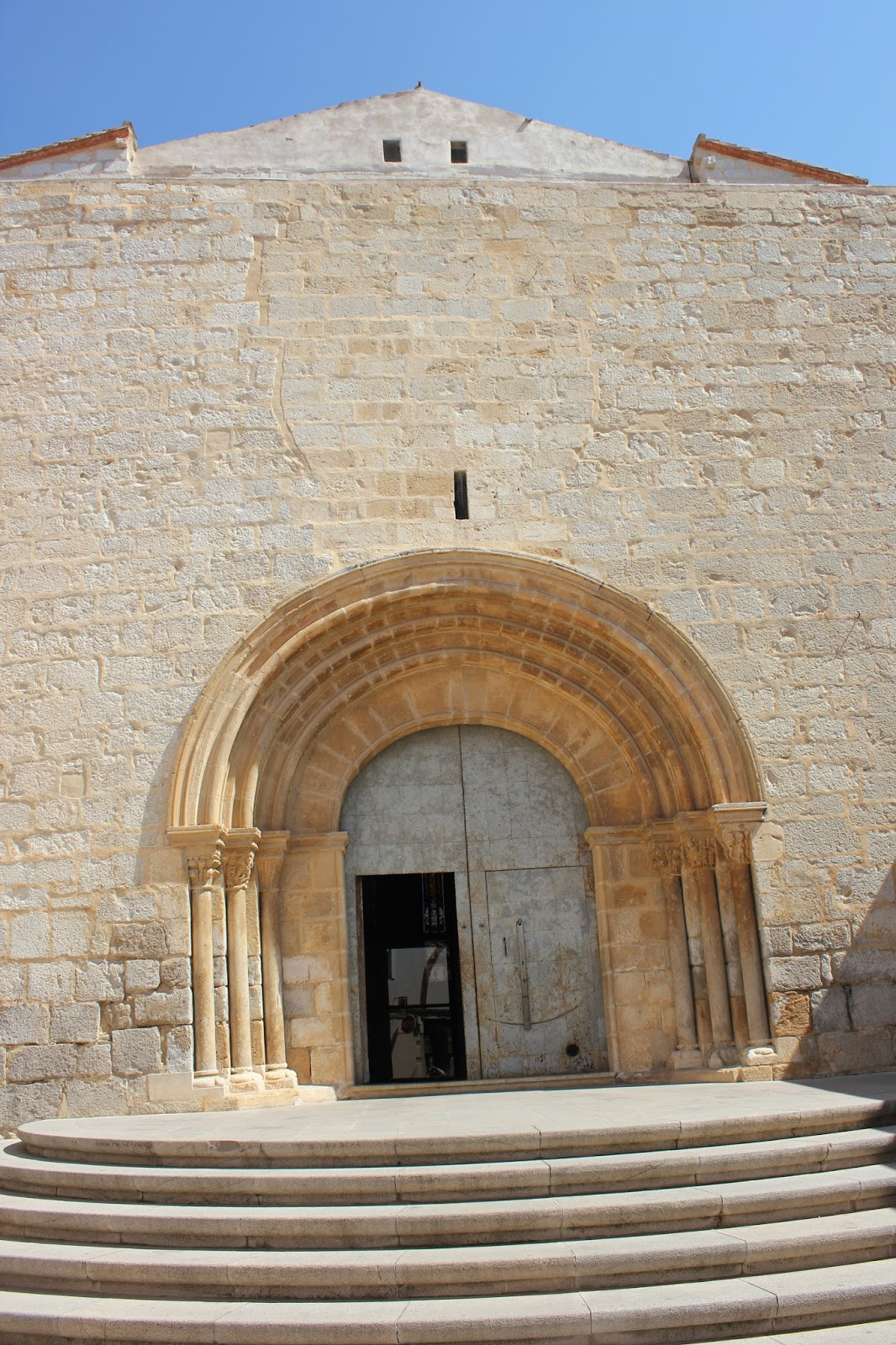 Maravillas ocultas de espa a villas de castell n san for 5 principales villas ocultas