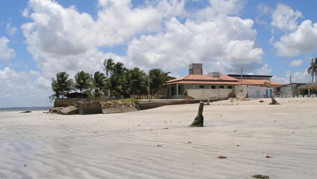 PITIMBU: Moradores e veranistas denunciam arrombamentos em casas de praias na cidade