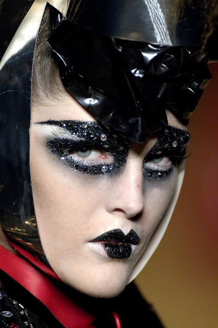 Pat Mcgrath S Best Runway Looks: Xana: A Makeup Bath With Pat Mcgrath