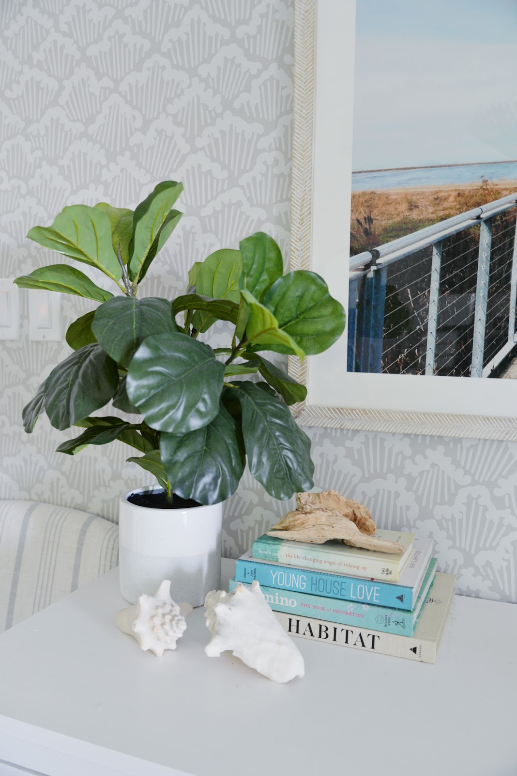 6 easy ways to bring summer into your home, Ramblingrenovators.ca, fiddle leaf fig, summer accessories