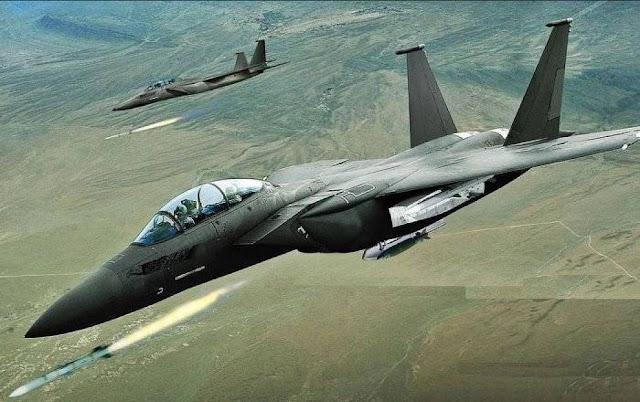 قوات التحالف الدولى تقوم بقصف جوى على معاقل تنظيم الدولة الاسلامية