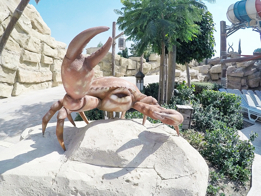 krabbe deko yas ater world abu dhabi