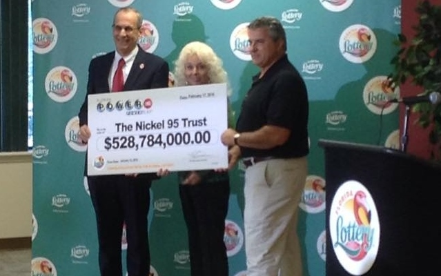 David Kaltschmidt and Maureen Smith Claim POWERBALL Jackpot