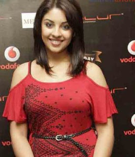 Richa Gangopadhyay Family Husband Parents children's Marriage Photos
