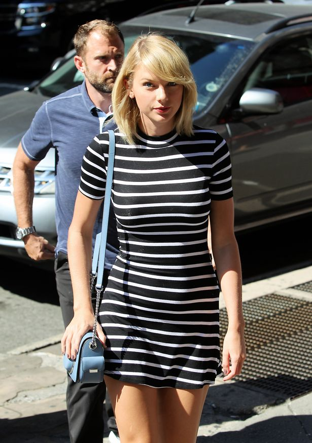 A-very-fashionable-and-happy-Taylor-Swift-is-seen-running-errands-in-NYC
