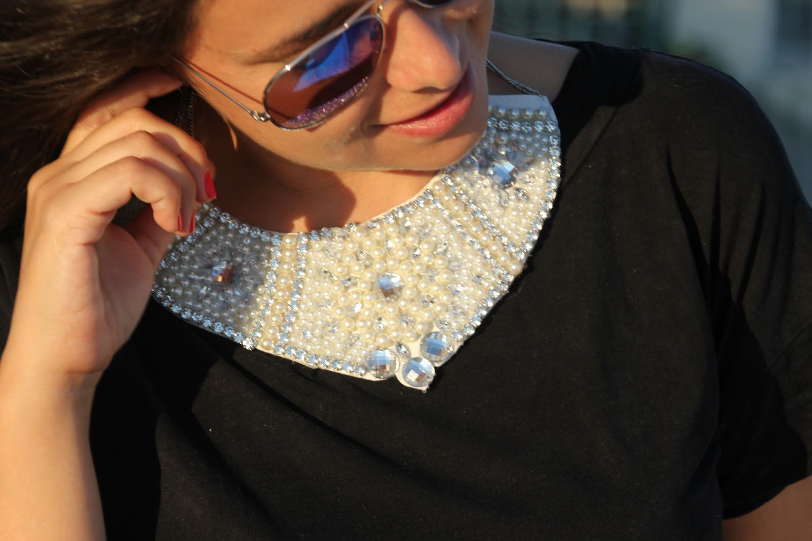 080ce2e7ebda DIY Collar de perlas y piedras Swarovski. Un besazo a todas!!!
