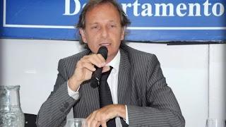 El abogado, de 52 años, se arrojó a las vías del tren en el partido bonaerense de Lanús