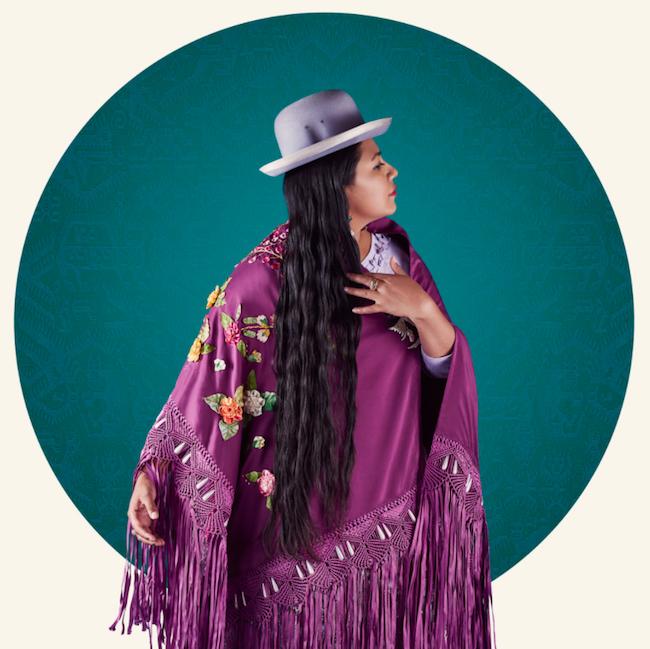Delphine Blast | Cholitas Project