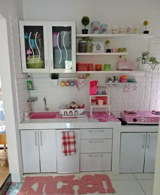 Inspirasi Rumah Minimalis Tipe 50 Ruang Santai Dapur Pink bersih