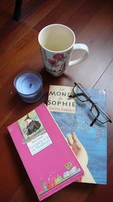 Couvertures des livres Le Monde de Sophie et la Sorcière de la rue Mouffetard