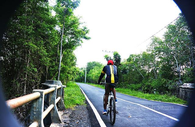 Waktu sedang bersepeda di Karimunjawa