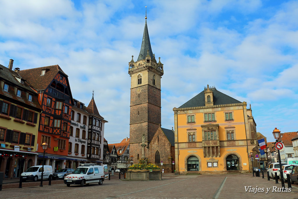 Plaza del Mercado de Obernai, Alsacia