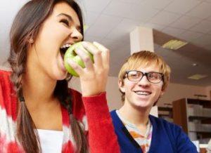 8 Dampak Negeatif Diet Pada Remaja Harus Diketahui, 15 Jenis Diet Berbahaya yang Jarang Diketahui Masyarakat, 11 Bahaya Diet OCD Menurut Dokter Wajib Untuk Diketahui