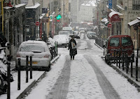 Winters may get milder in cities such as Paris, but respiratory diseases are a greater danger than cold. (Image Credit: Alex Proimos via Wikimedia Commons) Click to Enlarge.