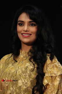 South Indian Actress Shweta Menon Stills at Inayathalam Audio Launch Stills  0002.jpg