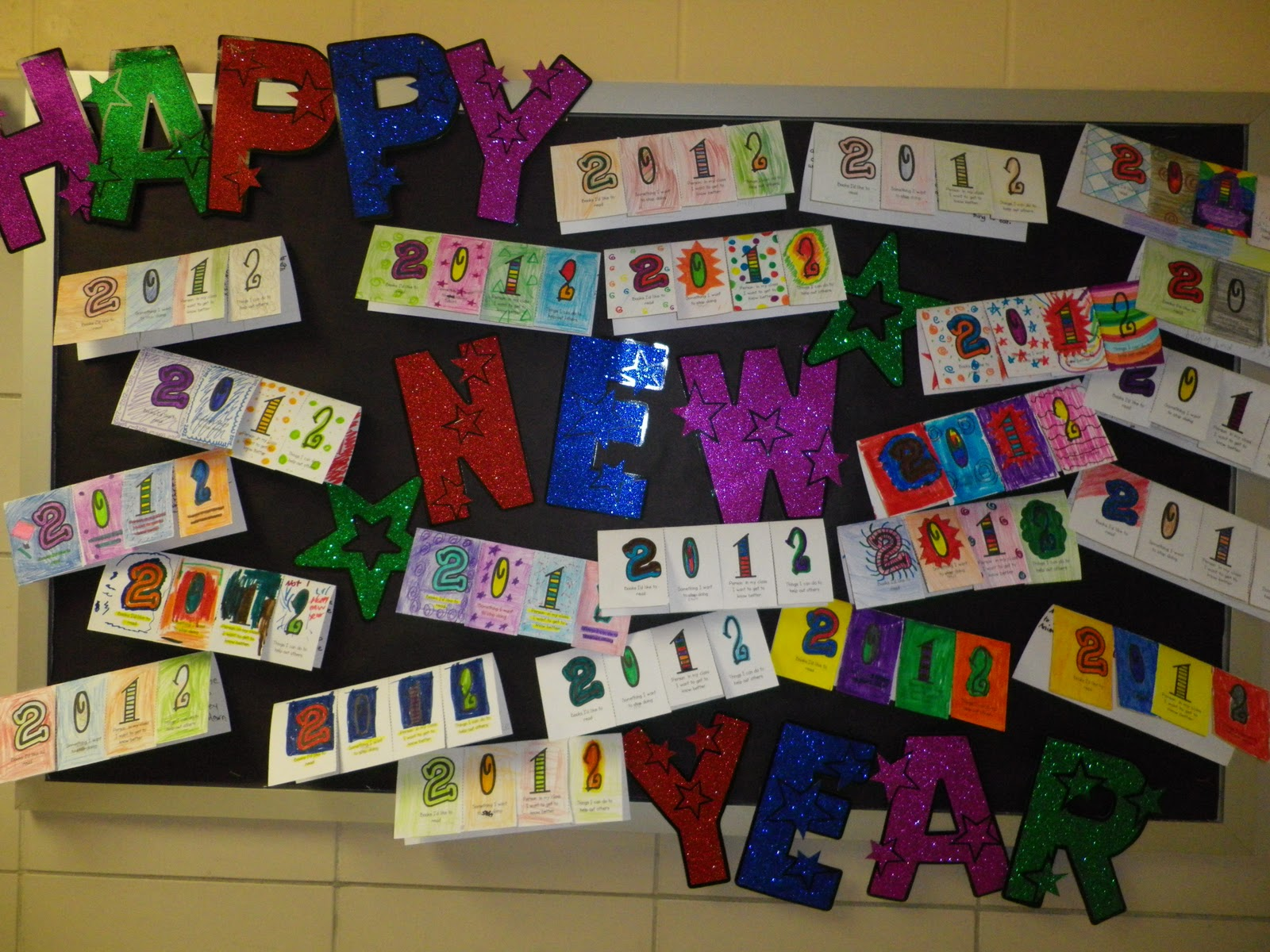 Happy New Year Bulletin Board Ideas 32