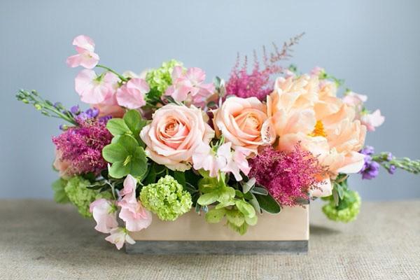 hoa de ban trang tri hoi nghi