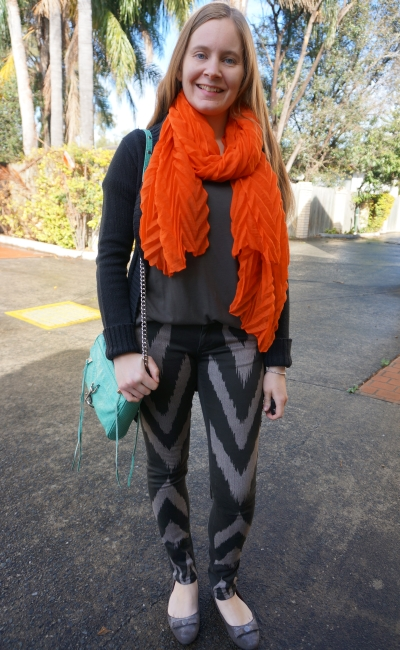 colourful accessories with monochrome printed jeans outfit: orange and mint | away from blue