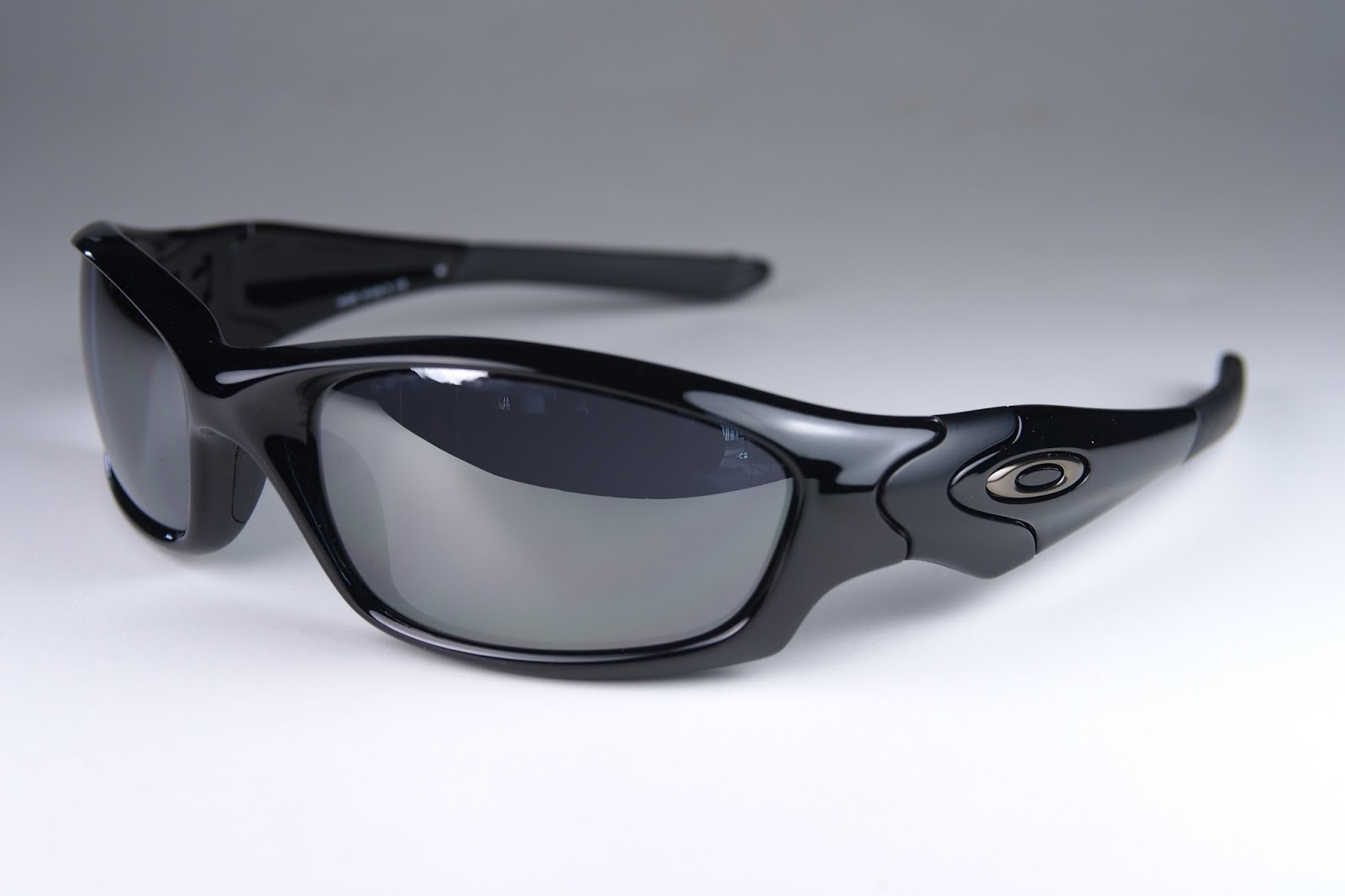 91c2cf481 Oakley Straight Jacket Polished Black Black Iridium Polarized ...