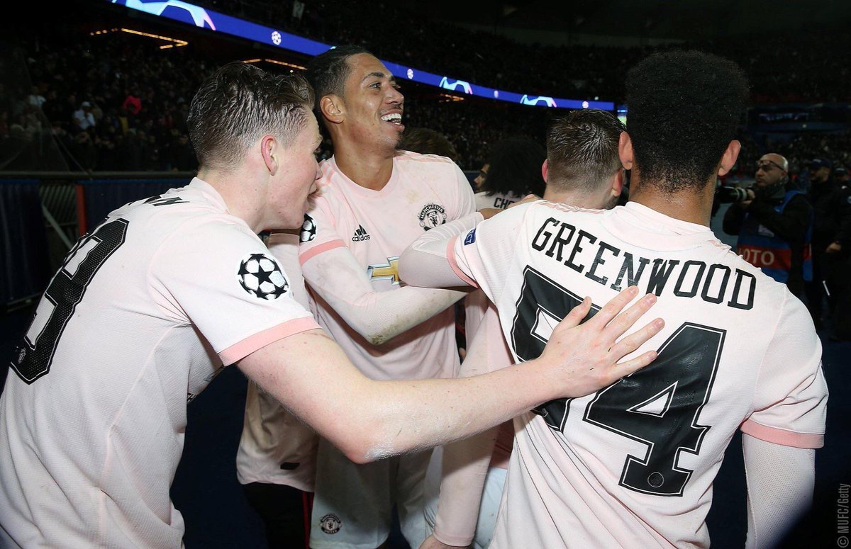 50bfa8c61 CRAZY  Man United Uses PSG Font For Youngster Against PSG - Footy ...