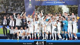 FÚTBOL - El Real Madrid es tricampéon del mundo de forma consecutiva