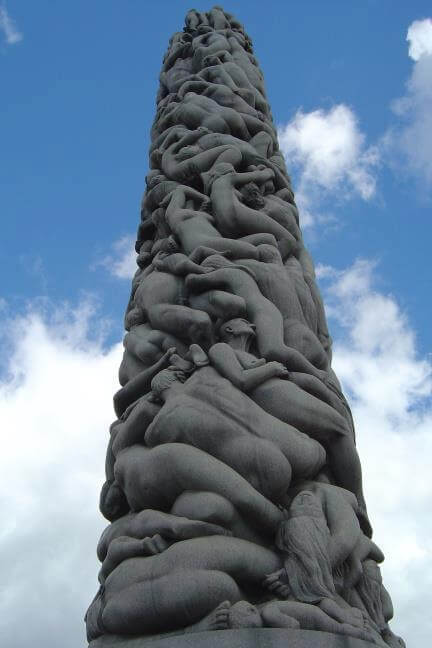 30 Of The World's Most Incredible Sculptures That Took Our Breath Away - Vigeland sculpture park, Oslo Norway