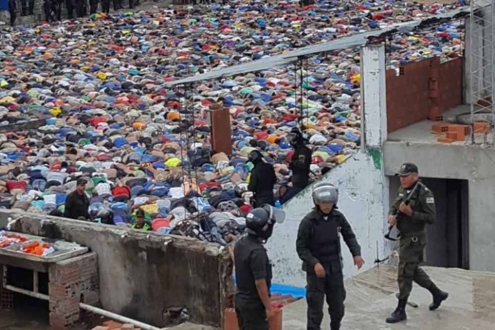 La requisa policial del 14 de marzo evidenció la dura realidad de 4 mil reos en Santa Cruz / ARCHIVO SAMY SCHWARTZ