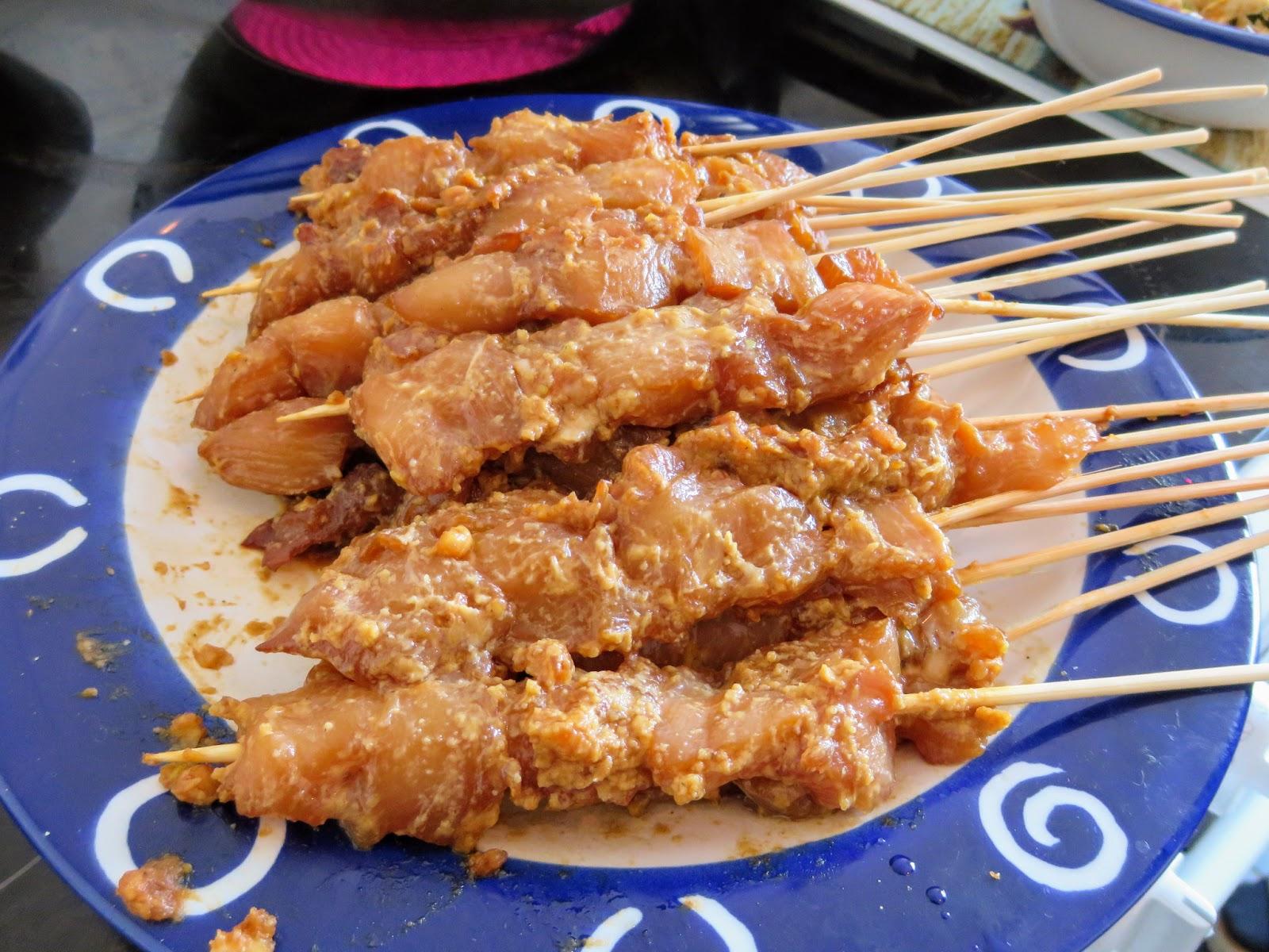 Rezept Sate Ayam, Indonesische Hähnchenspieße vom Grill