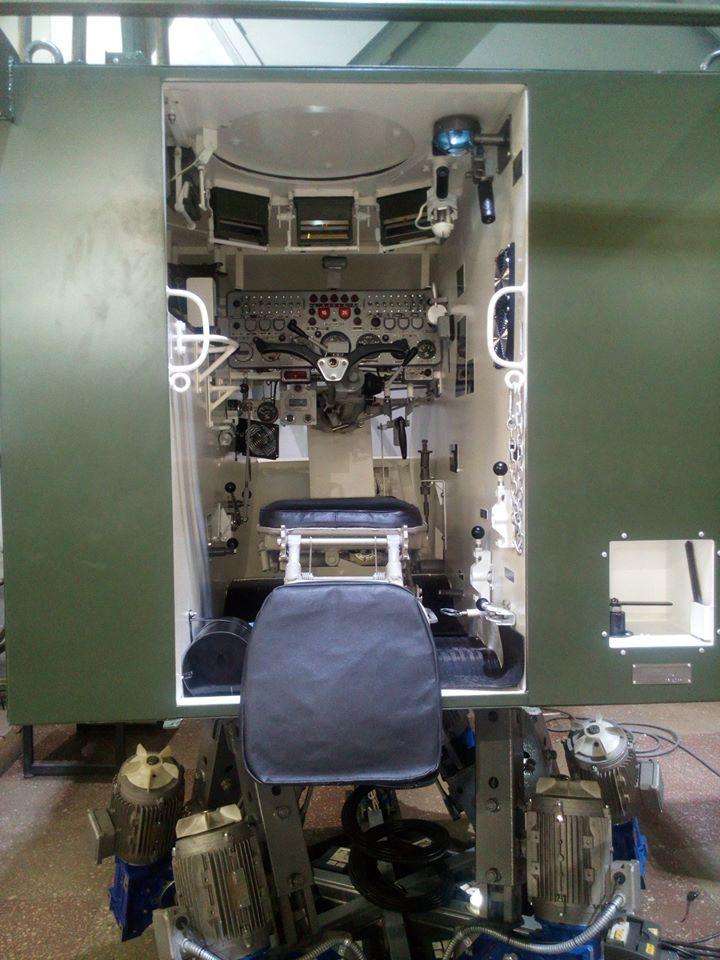 Десна закуповує тренажери  БМП-2, танків Т-64, Т-72
