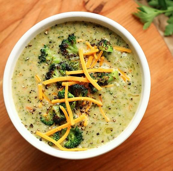 CREAMY VEGAN BROCCOLI SOUP #vegansoup #recipefood