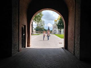 экскурсия по Туле, тульский кремль, улицы Тулы, башни Кремля,
